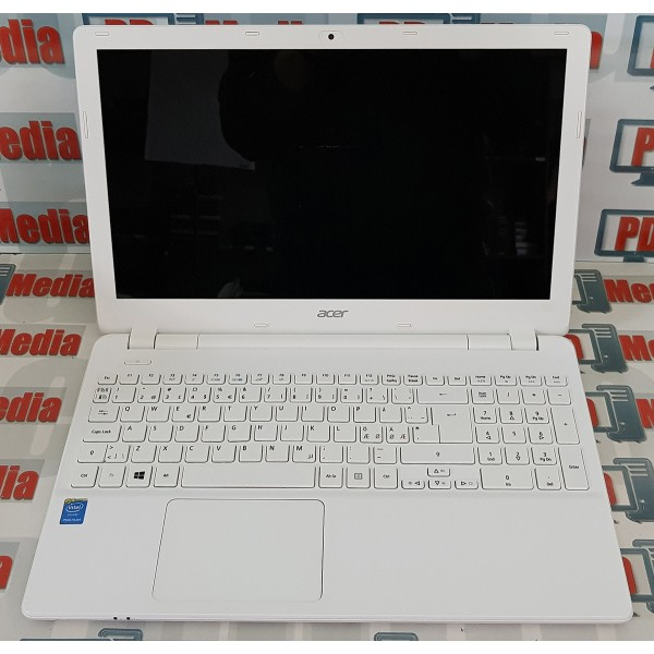 """Laptop Acer Aspire 3556U 1.70 GHz  8GB RAM HDD 160 GB HDMI WebCam Display 15.6"""" V3-532-P6GQ"""
