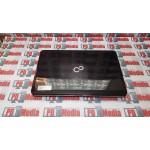 Laptop Fujitsu Procesor P6100 2.0 Ghz Ram 4GB Hdd 320GB Web Cam Video
