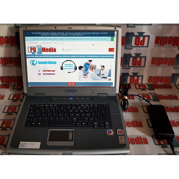 "Laptop 15.4"" Intel Pentium M 1.70 GHz 1GB RAM 40 GB HDD WiFi DVD-Rom Medion MD95400 Grad B"
